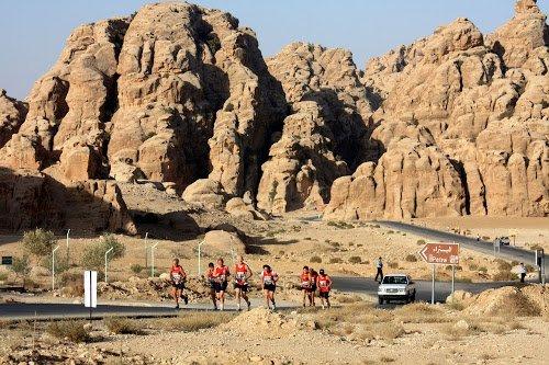 Vídeo: Petra Desert Marathon 2017
